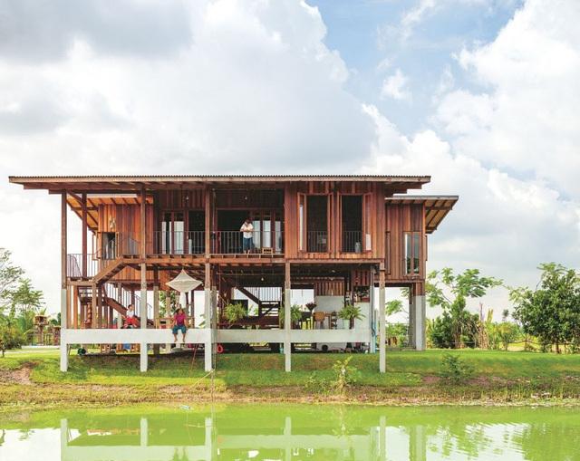 Ngôi nhà bên bờ sông đầy thu hút